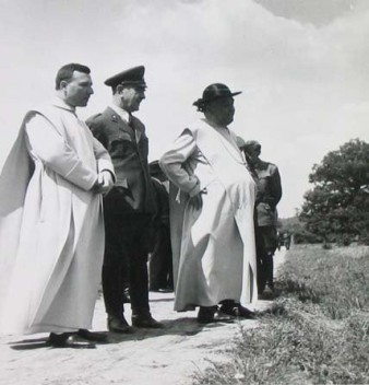 pavelic with vatican officials